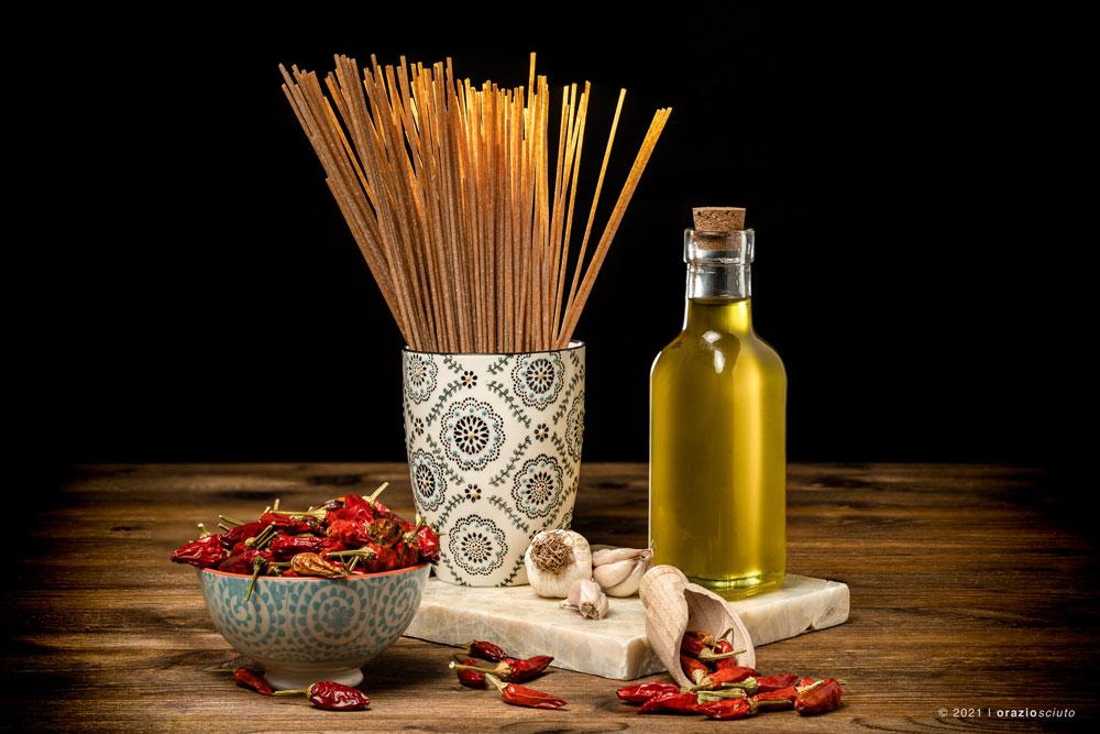 aglio-olio-peperoncino-spaghetti-food-photo-verona